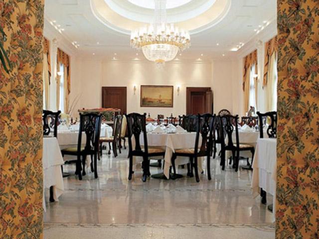 Larissa Imperial - Classical Hotels - Imperial Restaurant