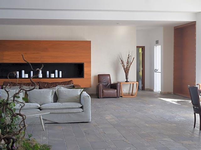 Amphora Hotel & Suites