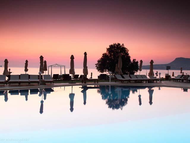 Kiani Beach Resort: