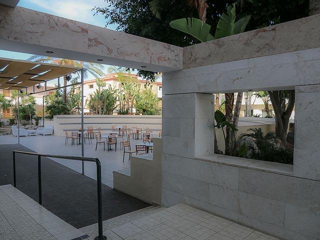 12 Dodeca Sea Resort (ex. Forum Beach Hotel)