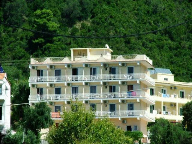 Golden Nests Hotel: