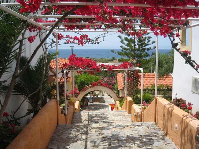 Bella Vista Hotel and Apartments:
