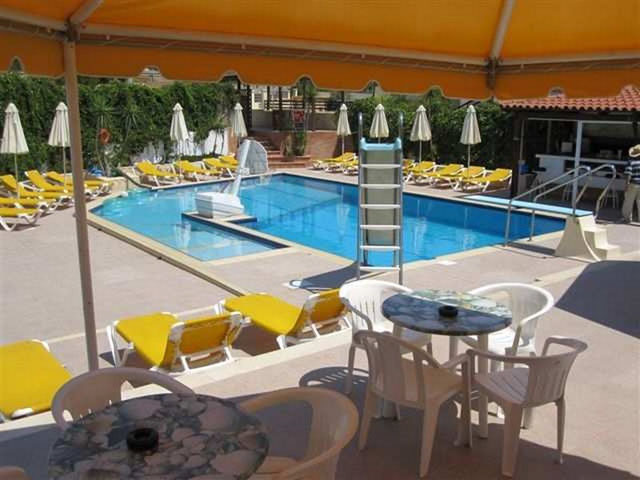 Amazones Villas Apartments Stalis