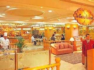Traders Hotel ManilaTraders Cafe