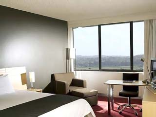 Holiday Inn Melbourne AirportGuest Room