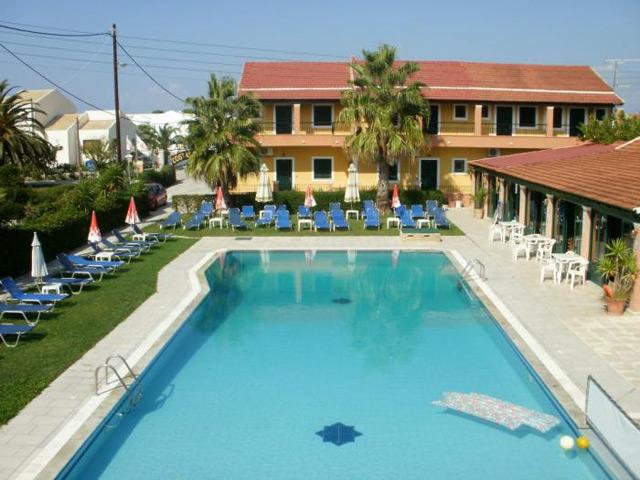 Yiannis Apartments (ex Kouros)