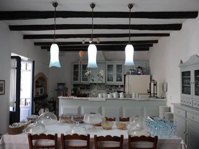 Kynthia Villa