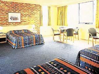 Holiday Inn Rooty HillFamily Room