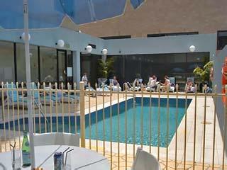 Crowne Plaza ParramattaSwimming Pool