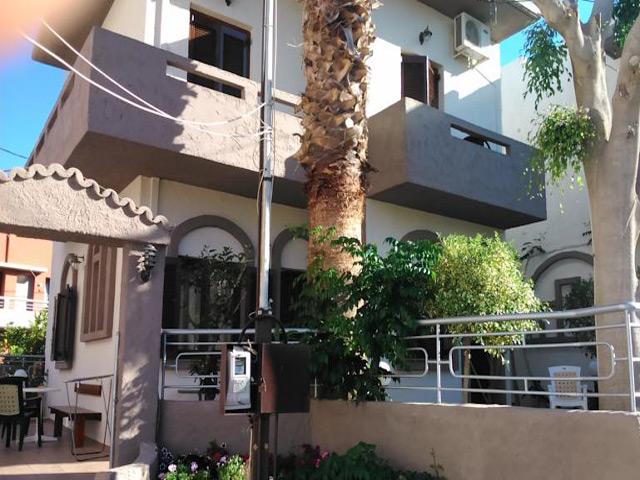 Fotoula Apartments