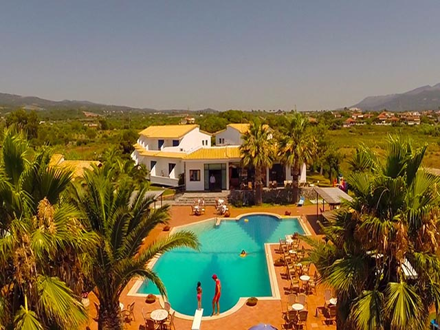 Oasis Hotel Apartments Peloponissos