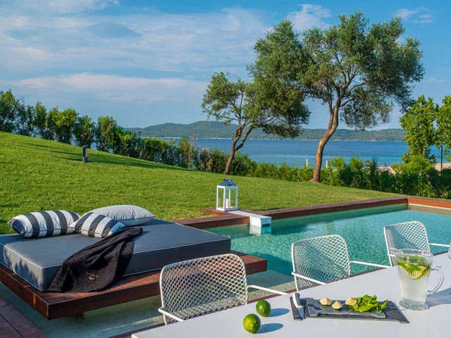 Avaton Luxury Villas Resort Relais & Chateaux