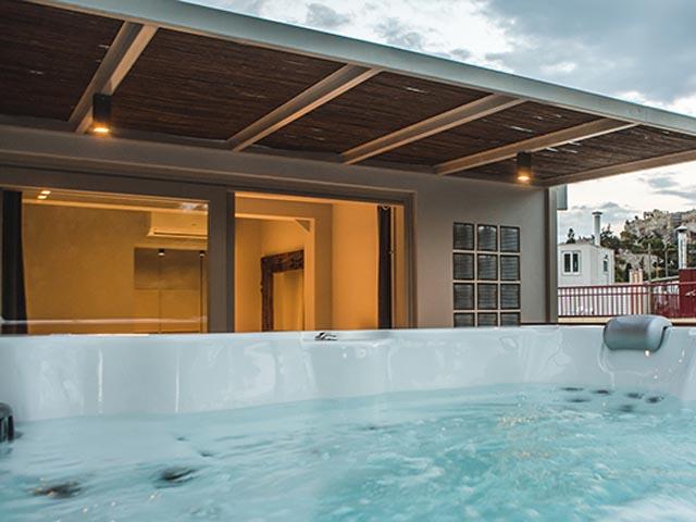 Acropolis Luxury Apartments: