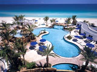 Trump International Sonesta Beach ResortSwimming Pool