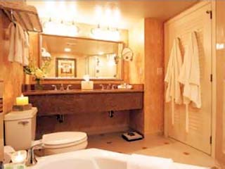 Naples Grande Beach Resort (ex The Registry Resort)Bathroom