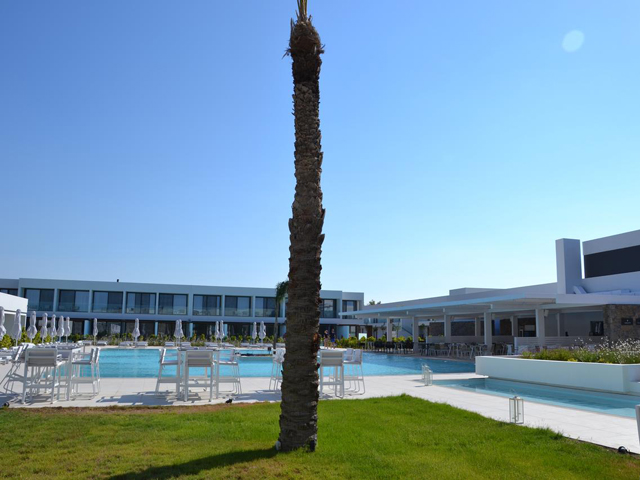 Gennadi Grand Resort