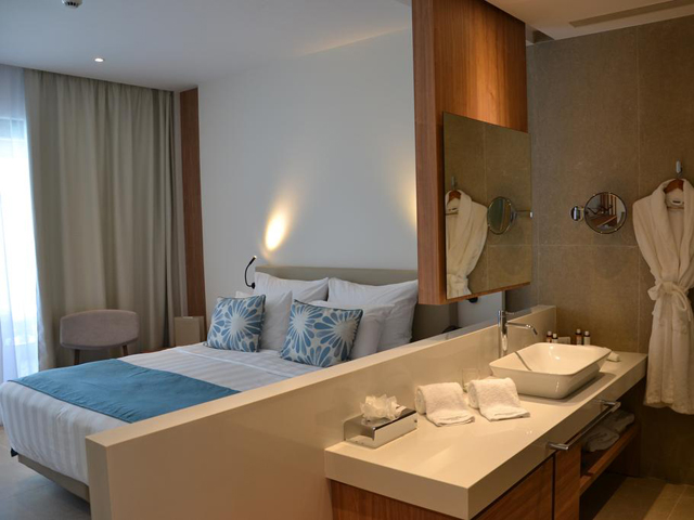 Gennadi Grand Resort: