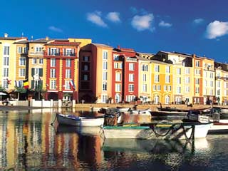 Portofino Bay ResortExterior View