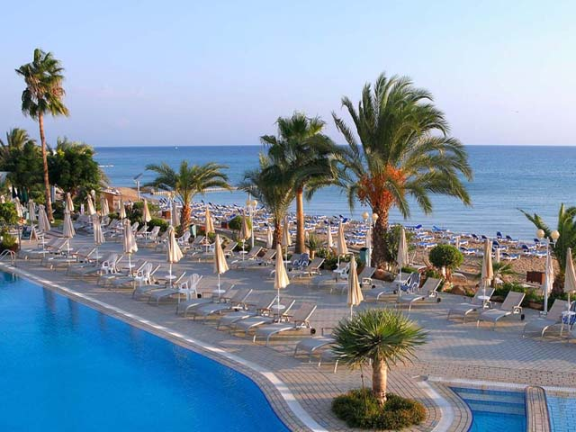 Sunrise Beach Hotel - Book Early for 2019 and save up to 30%!! LIMITED TIME !!