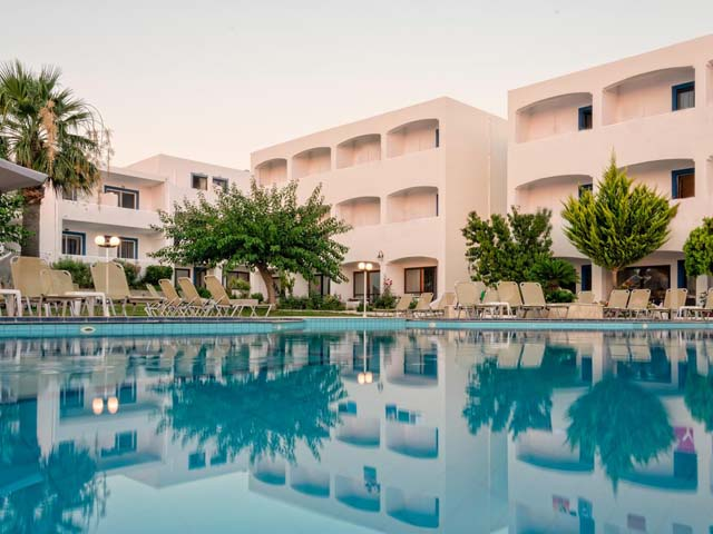 Blue Resort Hotel - Last Minute Offer up to 40% Reduction !!!