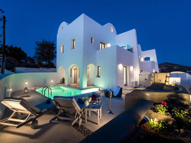White Harmony Luxury Suites:
