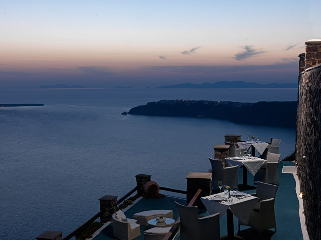 Tholos Resort - Outdoor Restaurant