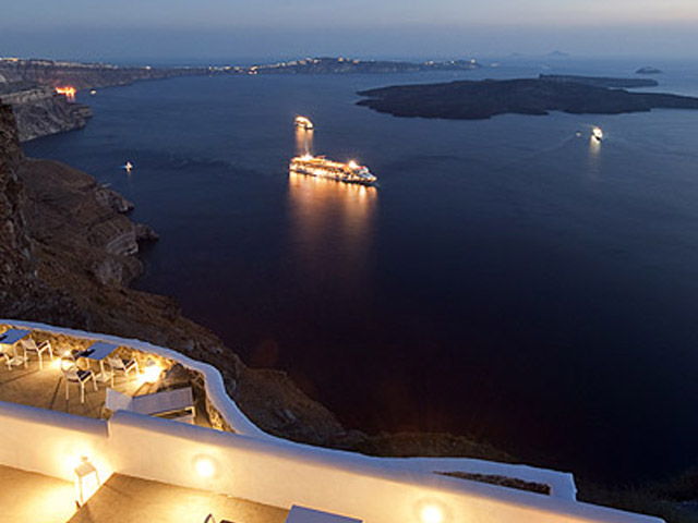 Vinsanto Villas - Honeymoon Suite verandah
