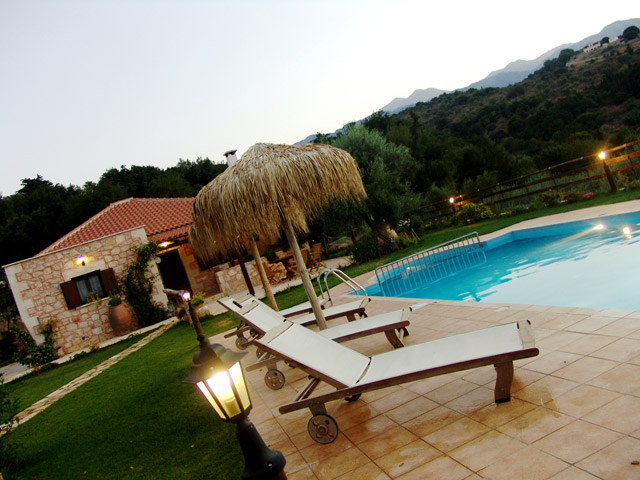 Villa Petra - Swimming Pool