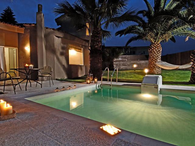 Paradise Island Villas: