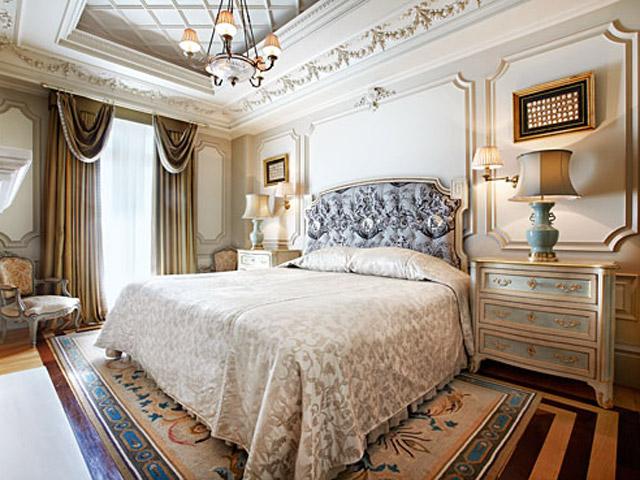 Grande Bretagne Hotel: Junior Suite - Main Room