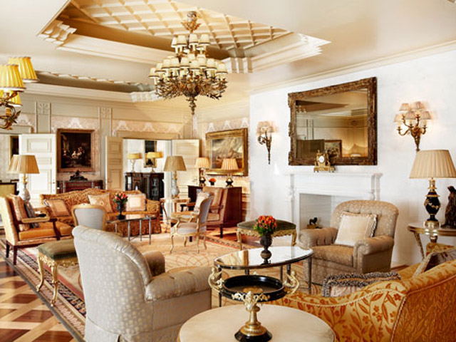 Grande Bretagne Hotel - Royal Suite - Living Room