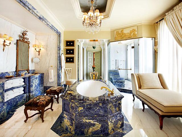 Grande Bretagne HotelRoyal Suite - Bathroom