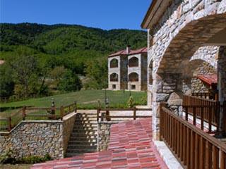 Aiolides Suites: Exterior View