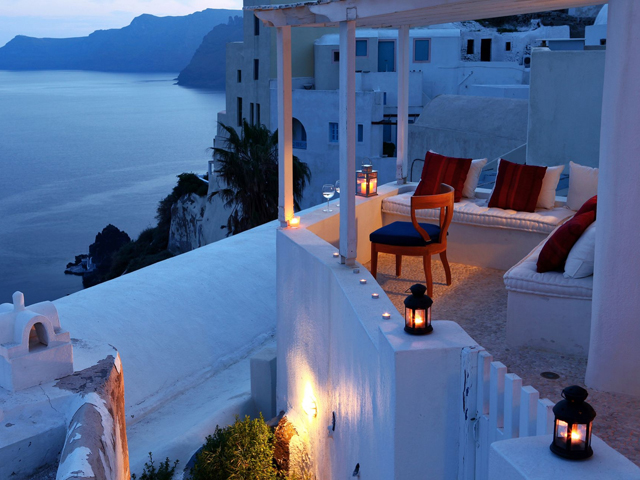 Villas and Mansions of Santorini Island