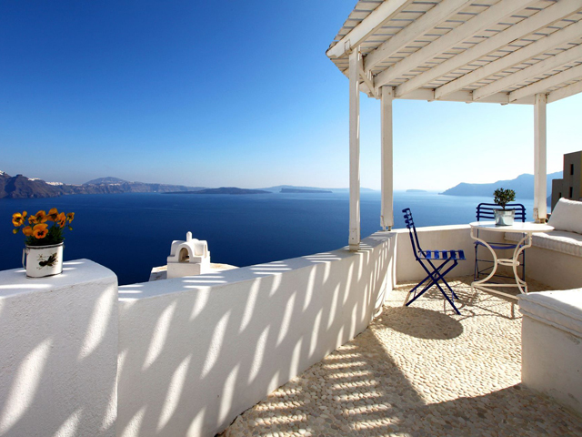 Villas and Mansions of Santorini Island -