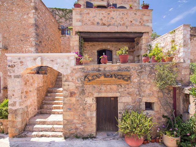 Samonas Traditional Villas: