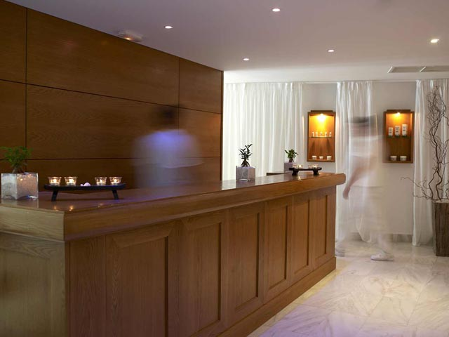 Mitsis Rinela Beach Hotel:
