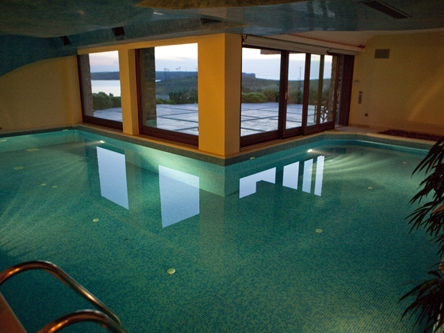 Faros Villa - Indoor Swimming Pool