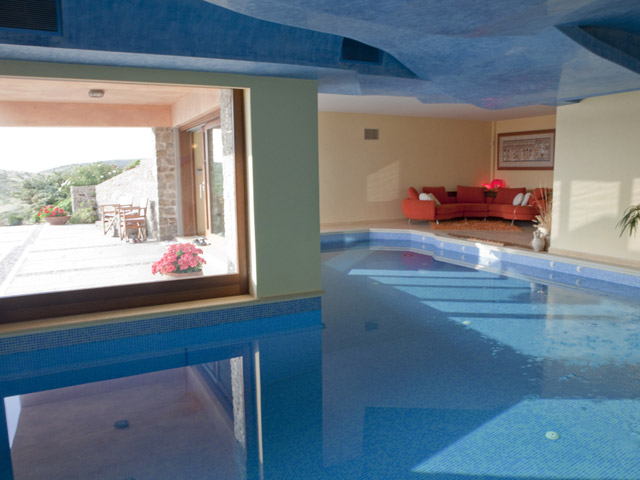 Faros Villa - Indoor Swimming Pool