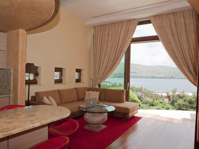 Faros VillaLiving Room