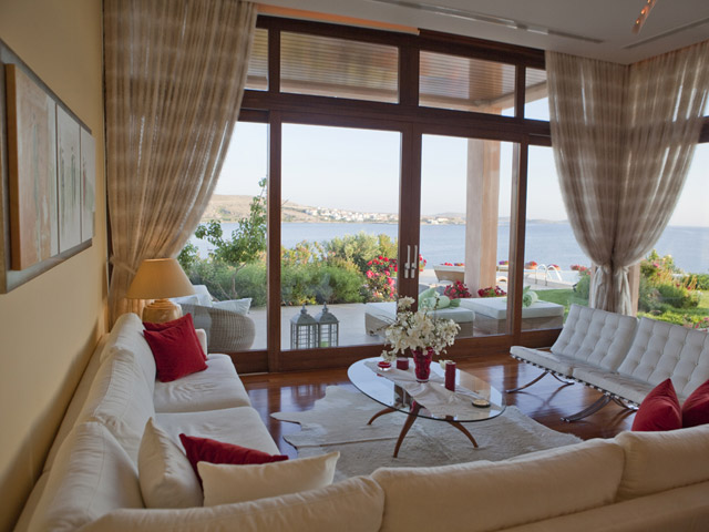 Faros Villa - Living Room