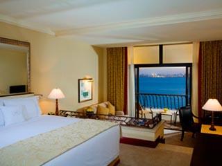 Sheraton Doha Resort & Convention HotelBedroom