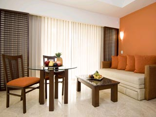 Hacienda Tres RiosJunior Suite Living area