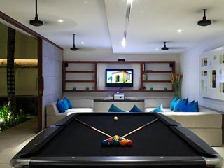 Aqua VillaPool Table and TV  Room