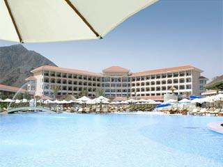 Fujairah Rotana Resort & SpaExterior Pool