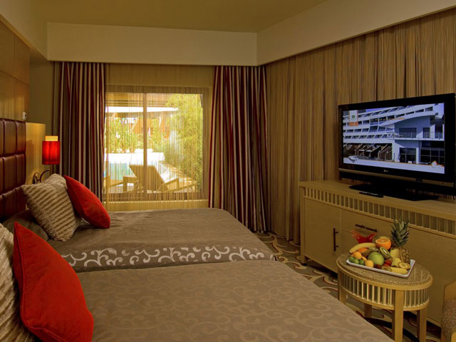 Cornelia Diamond Golf Resort & Spa: Room