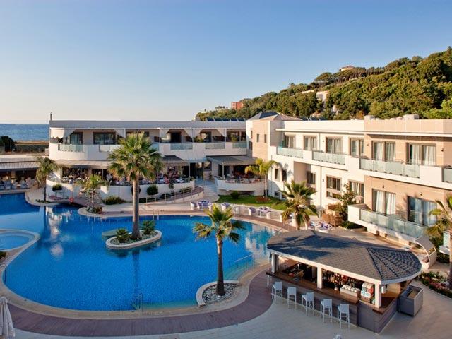 Lesante Luxury Hotel & Spa: Exterior View