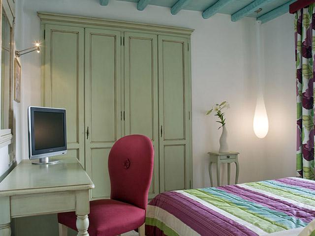 Elia Arte & Mare Suites:
