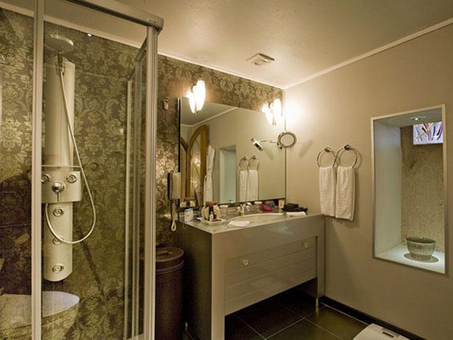 Cappadocia Cave Resort & Spa - Senior Suite Bathroom