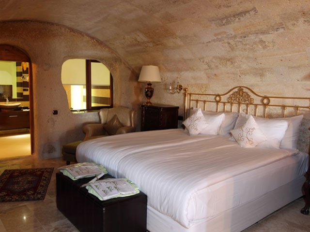 Cappadocia Cave Resort & Spa - Bedroom